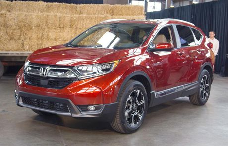 Can canh chi tiet Honda CR-V 2017 the he moi vua trinh lang - Anh 1
