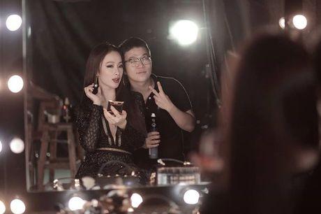 Mai Ngo - Lilly Nguyen: 'Ky phung dich thu' trong show thoi trang duoc mong doi nhat thang 10 - Anh 6