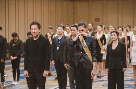Sao Thai nghen ngao vinh biet Quoc vuong Bhumibol Adulyadej - Anh 2