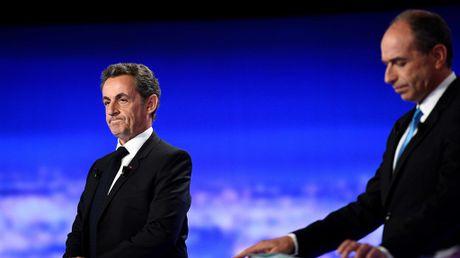 Tong thong Hollande bi chi trich vi khong hop tac Tong thong Putin - Anh 2