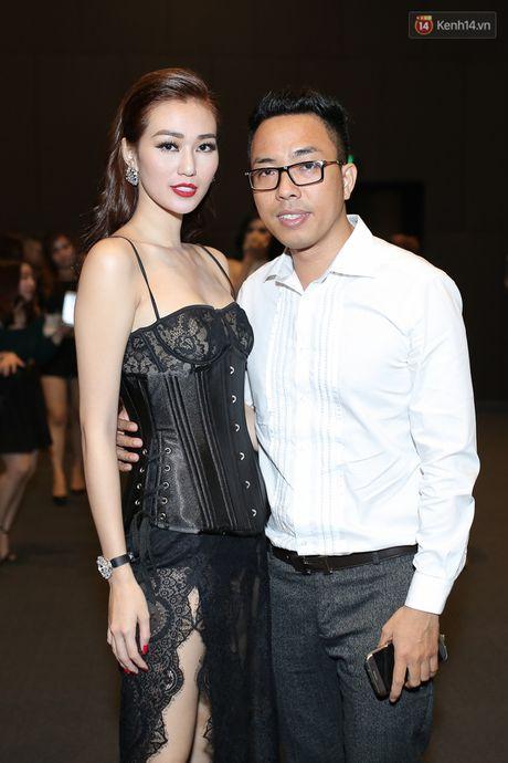 Khanh My chon dien vien y chang 'ke thu' Ngoc Trinh, tai hien vu lum xum 'nguoi thu 3' trong MV - Anh 15