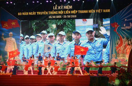 Tung bung ki niem 60 nam Ngay truyen thong Hoi LHTN Viet Nam - Anh 1