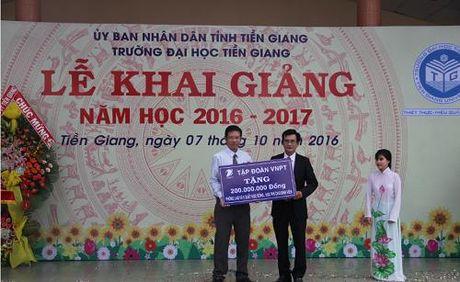 VNPT tai tro thiet bi Phong Lab va hoc bong Truong Dai hoc Tien Giang - Anh 2