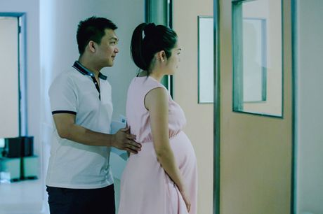 Duong Cam Lynh sinh con trai dau long - Anh 3