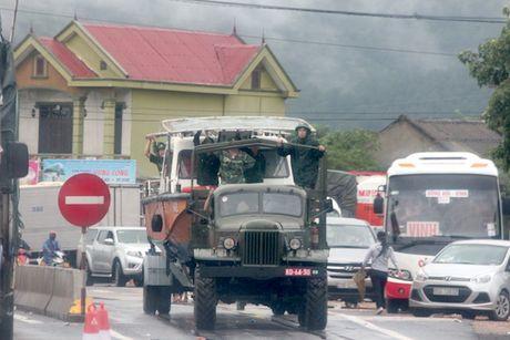 Quang Binh: Sat lo nui, tac duong hoan toan - Anh 3