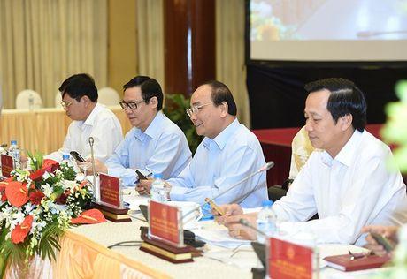Thu tuong phat dong phong trao thi dua Ca nuoc chung tay vi nguoi ngheo - Anh 1