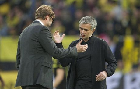 Jurgen Klopp dang tro thanh khac tinh cua Jose Mourinho - Anh 1