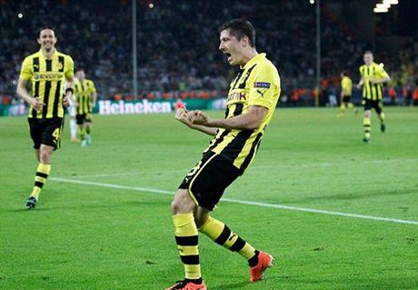 Jurgen Klopp dang tro thanh khac tinh cua Jose Mourinho - Anh 4