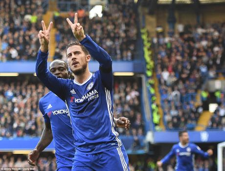 "Chelsea 3-0 Leicester: Nha vua ""bang ha"" - Anh 1"