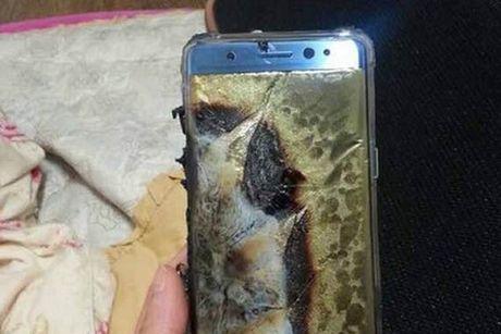 Cuoc khung hoang Galaxy Note7 sau gan 2 thang ra mat - Anh 1