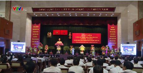 Tap the can bo, chien si Phong Bao ve 180 nhan Huan chuong Bao ve To quoc hang Nhi - Anh 1