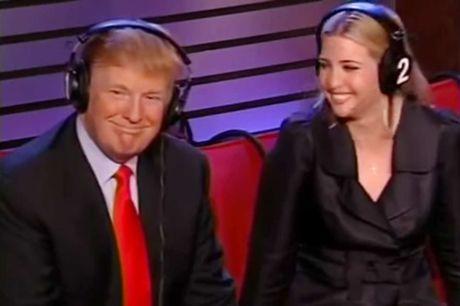 """Bi goi la """"ke thich xoi tai phu nu"""", ong Trump bat ngo gat gu dong y - Anh 1"""