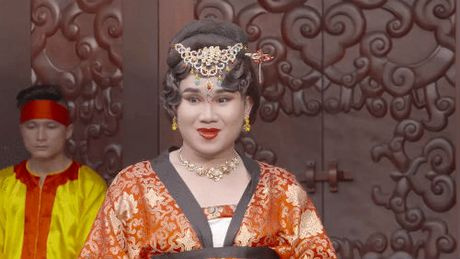 Lang xom Viet Nam hon loan boi tin tuyen chong cua Dieu Nhi - Anh 3