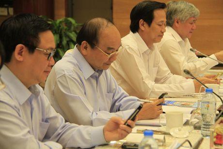 Thu tuong: Cho nguoi ngheo can cau chu khong chi cho con ca - Anh 1