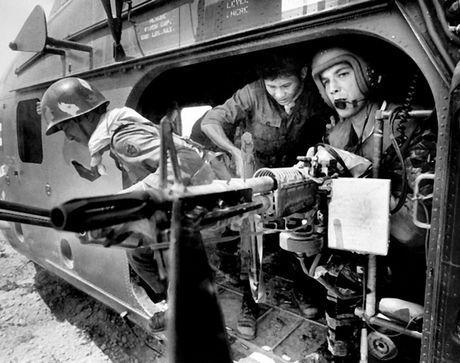 Chum anh: Mot ngay dam mau cua linh My trong chien tranh Viet Nam - Anh 10