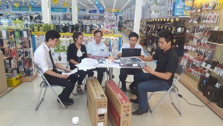 Quang Binh: Nhieu loai tivi so khong dan bieu trung so hoa truyen hinh - Anh 1