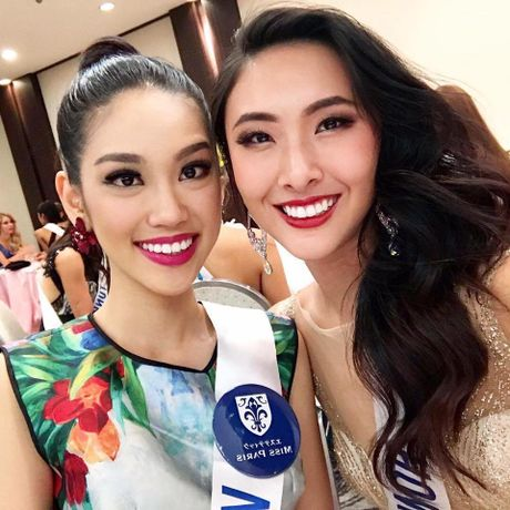 Phuong Linh duoc BTC Hoa hau Quoc te 2016 mung sinh nhat - Anh 1