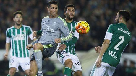Keo Liga 15/10: Barca an du, Real de 'tach' - Anh 2