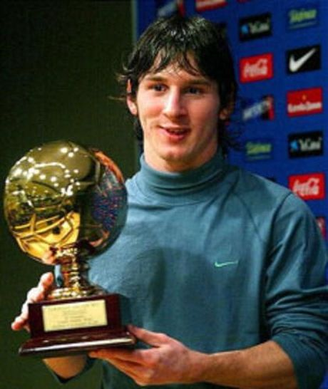 Tu Messi toi Pogba: 'Cau be Vang' la su dam bao cho thanh cong cua cac ngoi sao - Anh 2