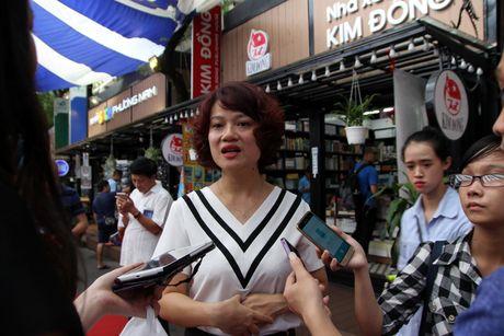 Trien lam 'Truong Sa - Noi ta den' den voi nguoi dan phuong Nam - Anh 3