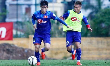 Tuyen Viet Nam sang Han Quoc, chot lich giao huu truoc AFF Cup 2016 - Anh 1