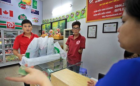 Mot ngay rong ruoi cung chang shipper khong tay o Ha Noi - Anh 5
