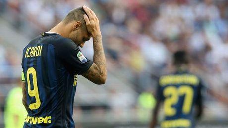 Icardi da hong phat den, Inter thuc thu ngay tai san nha truoc Cagliari - Anh 1