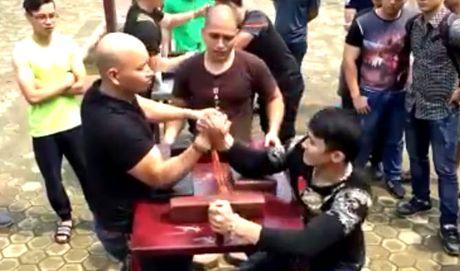 Nha VD vat tay the gioi que Thai Nguyen tung bi U50 danh bai - Anh 1