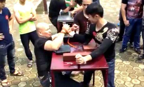 Nha VD vat tay the gioi que Thai Nguyen tung bi U50 danh bai - Anh 2