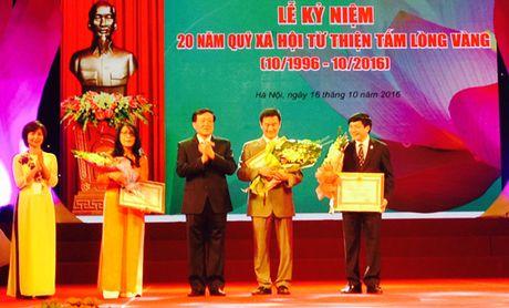 Trao Huan chuong Lao dong hang Ba cho 1 tap the, 2 ca nhan - Anh 1