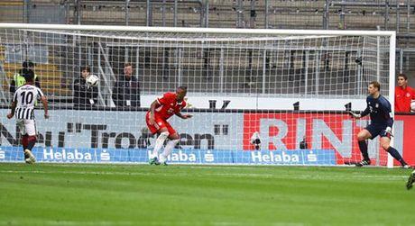 Bundesliga: Dortmund va Bayern cung 'han' - Anh 5