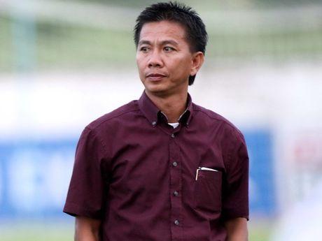HLV Hoang Anh Tuan: 'U.19 Viet Nam dung chu quan sau tran thang Trieu Tien' - Anh 1