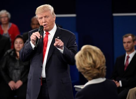Ong Trump thach ba Clinton xet nghiem ma tuy truoc tranh luan - Anh 1