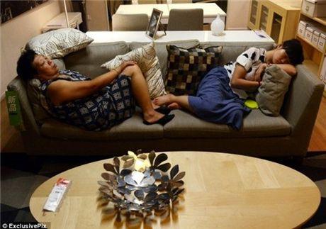 Ikea het kien nhan voi khach hang Trung Quoc vao ngu kho - Anh 11
