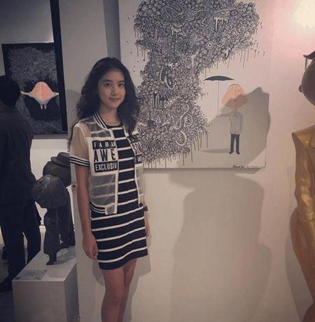 Hot girl Singapore sinh nam 1999 co ve dep tu nhien nhu nu than - Anh 6