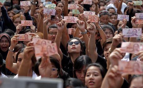 Thai Lan co giu on dinh kinh te sau khi vua qua doi - Anh 1