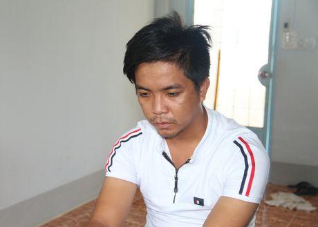 An Giang: Bi chau vo 'cuom' mat 34 luong vang - Anh 1