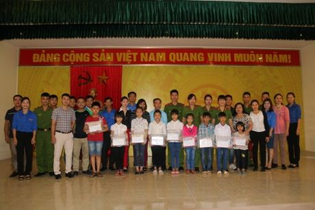 Hoat dong day y nghia thiet thuc - Anh 2