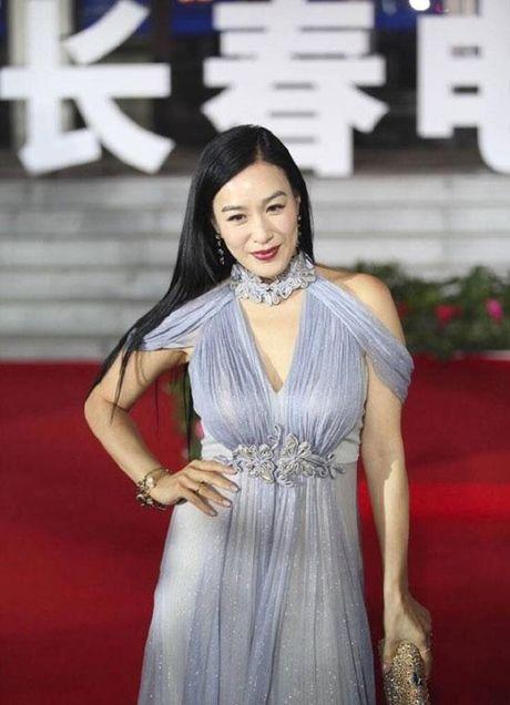 'Qua bom sexy' goc Viet do dang Pham Bang Bang tren tham do - Anh 9