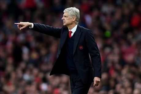 Arsenal 3-2 Swansea: Tot dep pho ra, xau xa chang day duoc - Anh 4