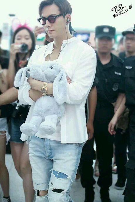 Netizen xu Trung khao nhau bang chung hen ho cua 'My nhan Tan Cuong' Dich Le Nhiet Ba va Tran Vy Dinh - Anh 12