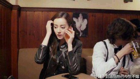Netizen xu Trung khao nhau bang chung hen ho cua 'My nhan Tan Cuong' Dich Le Nhiet Ba va Tran Vy Dinh - Anh 8