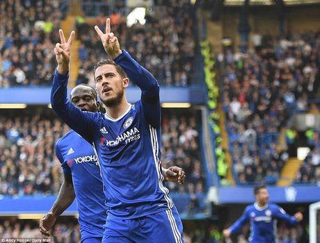 Thong diep day tinh nguoi sau man an mung dac biet cua Costa va Hazard - Anh 2