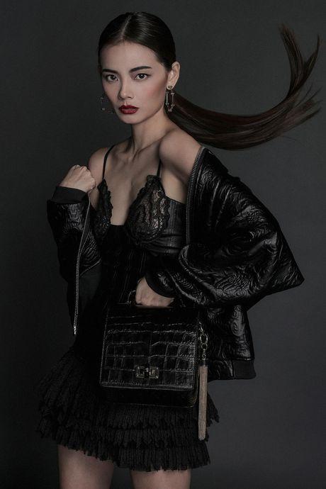 Hoa hau My Linh 'hien lanh' giua dan my nhan sexy toi ben nhu Angela Phuong Trinh, Mai Ngo, Chi Pu... - Anh 11
