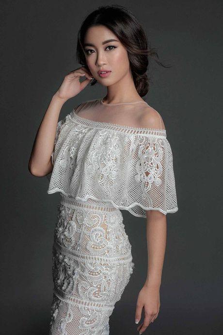 Hoa hau My Linh 'hien lanh' giua dan my nhan sexy toi ben nhu Angela Phuong Trinh, Mai Ngo, Chi Pu... - Anh 1