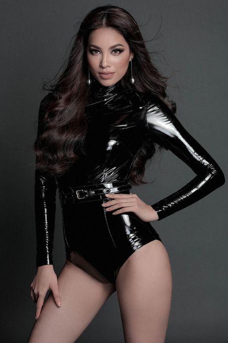 Hoa hau My Linh 'hien lanh' giua dan my nhan sexy toi ben nhu Angela Phuong Trinh, Mai Ngo, Chi Pu... - Anh 3