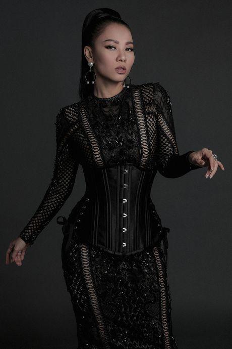 Hoa hau My Linh 'hien lanh' giua dan my nhan sexy toi ben nhu Angela Phuong Trinh, Mai Ngo, Chi Pu... - Anh 9