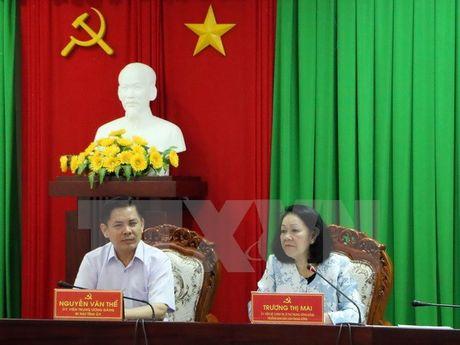 Doan cong tac cua Bo Chinh tri lam viec tai tinh Soc Trang - Anh 1