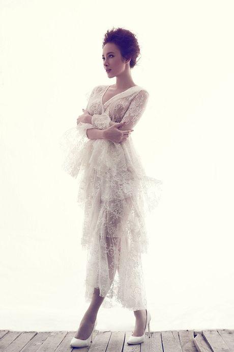 Angela Phuong Trinh cang tran voi dam ren xuyen thau - Anh 2