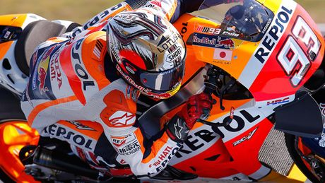 Cap doi Yamaha do duong, Marc Marquez vo dich MotoGP 2016 truoc ba chang dua - Anh 2